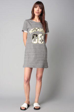 T-shirt gris chiné badges message Togne – Eleven Paris
