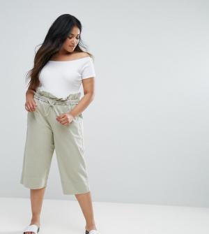ASOS CURVE – Pantalon carotte fonctionnel coupe courte – Vert