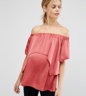 ASOS Maternity – Top à épaules dénudées en satin avec superposition – Rose