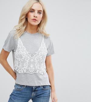 ASOS PETITE – T-shirt avec caraco en dentelle superposé – Gris