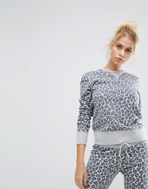 Converse – Essentials – Sweat-shirt col ras du cou motif léopard – Gris &#8211 ...