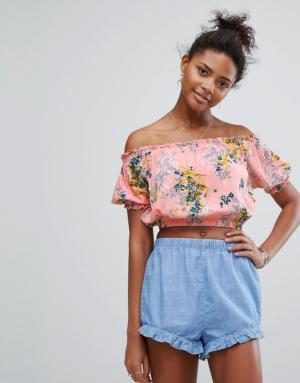 New Look – Haut court style Bardot à imprimé floral et bordures volantées – Rose