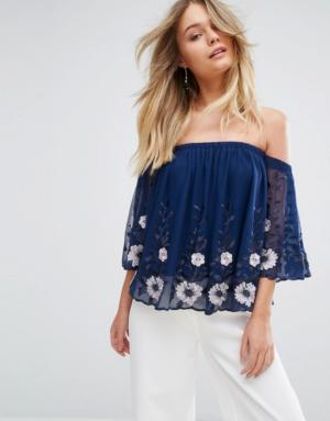 New Look – Haut style Bardot en tulle à fleurs brodées – Bleu