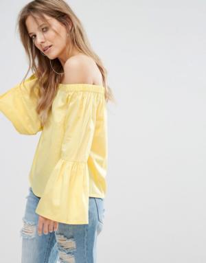 New Look – Top à encolure Bardot avec manches évasées – Jaune