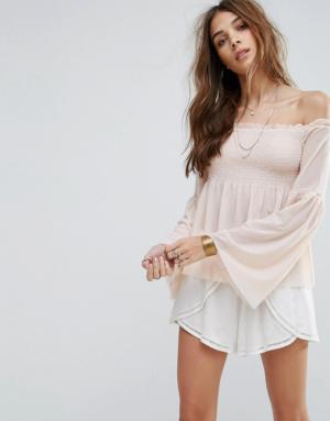New Look – Top smocké en tulle avec encolure Bardot – Rose