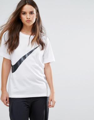 Nike – T-shirt avec logo virgule – Blanc – Blanc