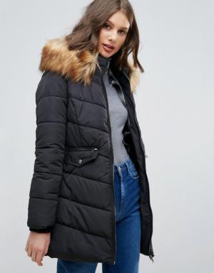 Only – Sanna – Longue veste matelassée bordée de fourrure – Noir