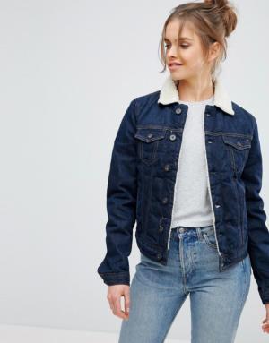 Pepe Jeans – Veste en jean avec col imitation peau de mouton – Bleu