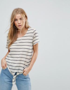 Vero Moda – T-shirt à rayures avec liens sur le devant – Multi