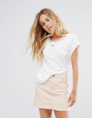 Vila – T-shirt à empiècements en dentelle – Blanc