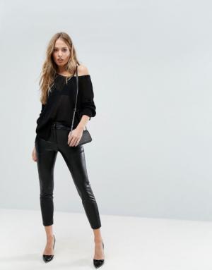Sisley – Pantalon court en similicuir – Noir