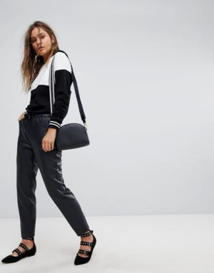 Esprit – Pantalon de jogging en similicuir – Noir