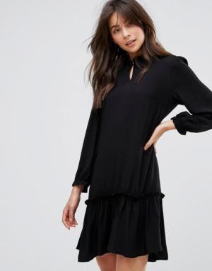 Only – Robe tissée à ourlet volanté – Noir