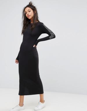 Calvin Klein Jeans – Robe longue avec logo imprimé – Noir
